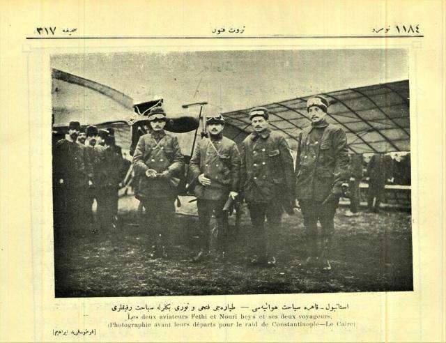 Yeşilköy uçuş okulunda İstanbul-Kahire uçuşunun başlaması öncesi pilotlarımız ve yolcuları